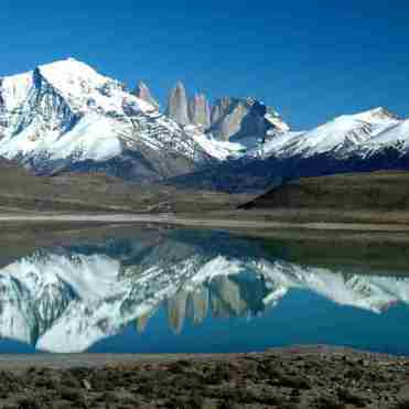 andes-mountains-lake-reflection-landscape-argentina_800